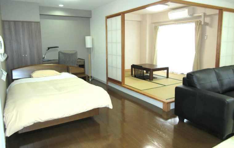 アローンズ大阪広い部屋