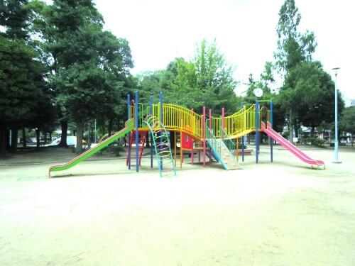 目の前に公園
